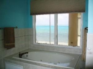 02-No-120906-1-cayman-chill-vacation-rental-bathroom